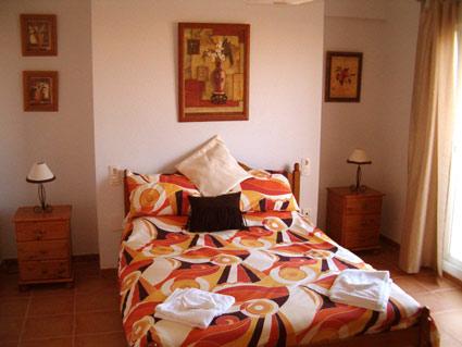 Three bedroom apartment to rent Anoreta golf Costa del Sol - Double Bedroom