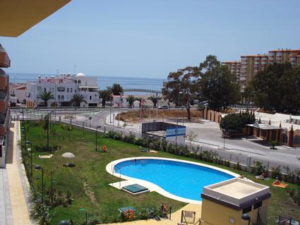 Algarrobo Apartment, Algarrobo Costa - Pool & Sea Views