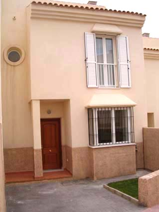 Three bedroom apartment to rent Anoreta golf Costa del Sol - Exterior