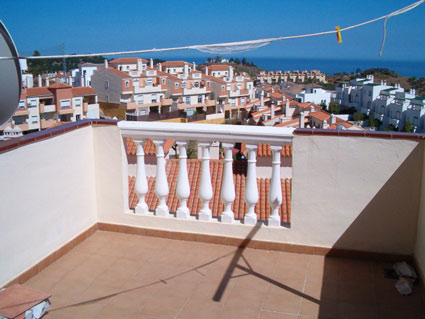 Three Bedroom Golf Course Property For Sale ANG004 - Sunny Roof Terrace with Sea Views