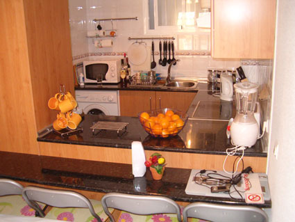 two bedroom apartment to rent anoreta golf  - American Kitchen