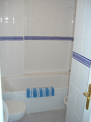 Añoreta golf rental apartment ANG007 - En-suite Bathroom