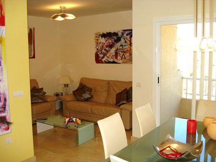 Holiday rental apartment ref. ANG008 - Lounge -Diner