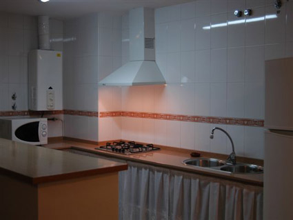 Two bedroom apartment to rent Baviera Golf - Kitchen Area