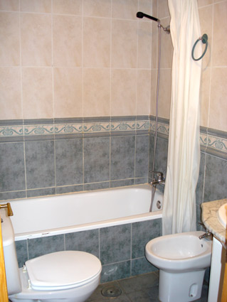 Nerja Apartment Rental Nerja Medina ref. NM001 - Bathroom