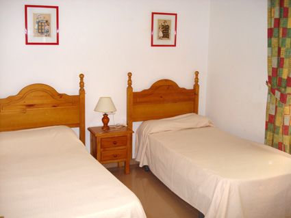Nerja Apartment Rental Nerja Medina ref. NM001 - Twin Bedroom