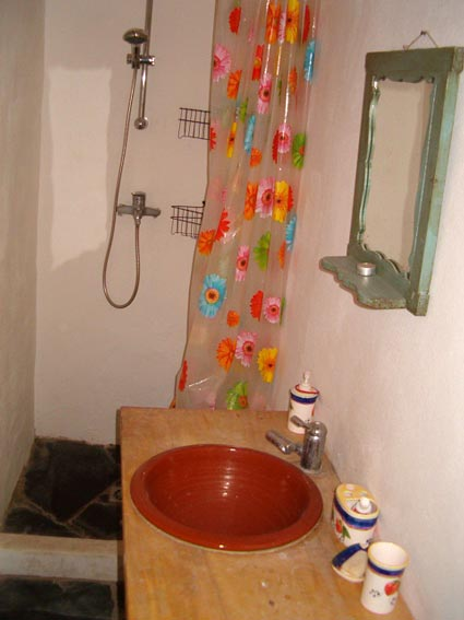 Rustic One Bedroom Apartment To Rent, near Rubite Costa del Sol, Lounge-Diner