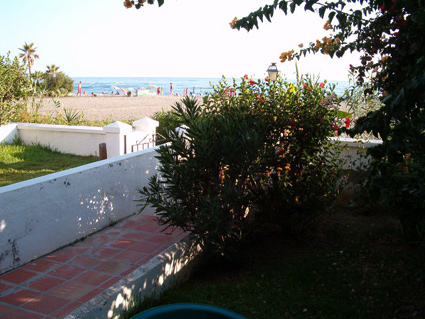 One bedroom apartment to rent Torrox Costa Terrace & Garden