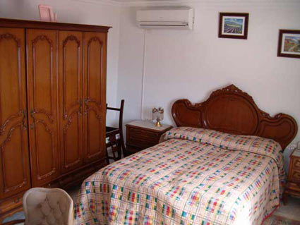Three bedroom house to rent Velez Malaga ref. VM004 - Master / Double Bedroom