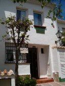 3 bed house to rent in Torrox Costa - click for details