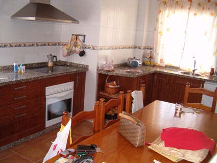 Three Bedroom Golf Course Property For Sale ANG004 - Kitchen