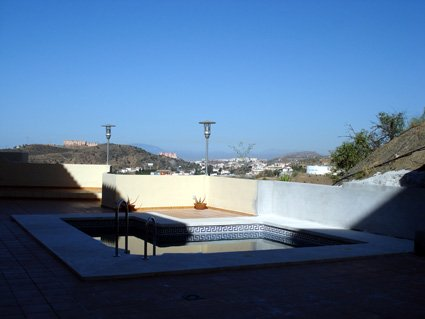 Holiday rental apartment ref. ANG008 - roof top Pool